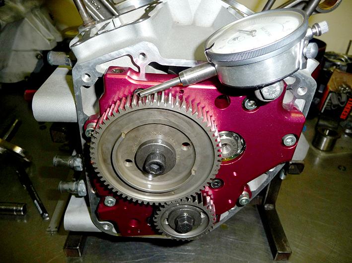 13 Gear drive back lash meten