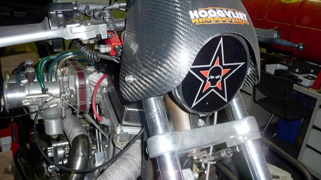 Carbon race kuip is van een tank – cover Buell S 1 gemaakt